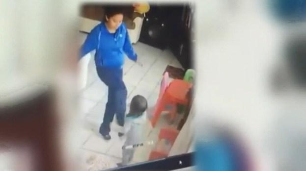 Hallan muerta en su celda a la niñera acusada de golpear mellizos
