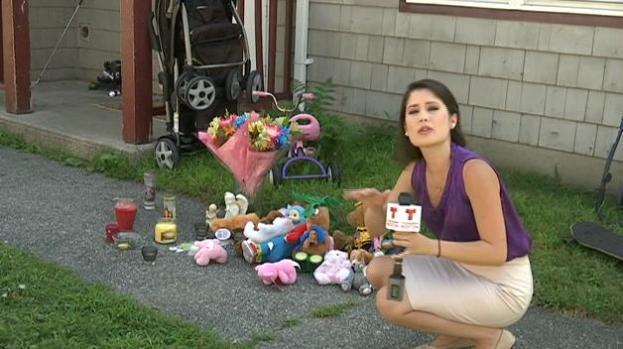 Vecinos reaccionan a muerte de bebe adoptivo