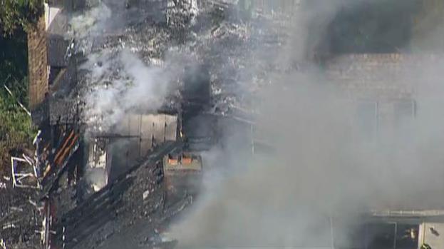 Fuego de 3 alarmas en Rutland