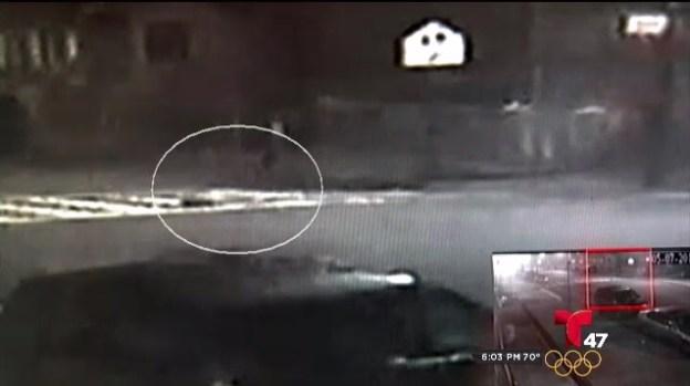 [TLMD - NY] Hombre muere tras ser arrollado por 2 autos en Queens