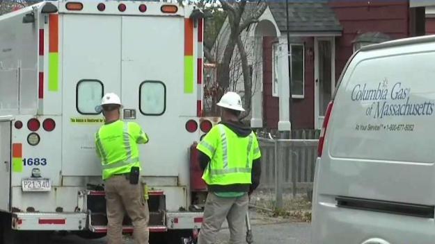 Residentes dudan del trabajo de Columbia Gas