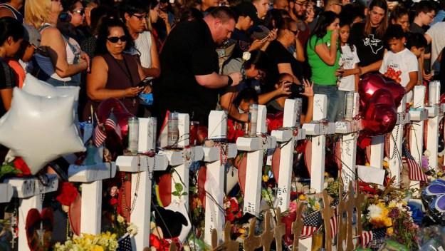 Masacre en El Paso: 13 heridos siguen hospitalizados