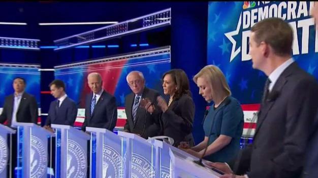 Candente la segunda noche del debate demócrata}