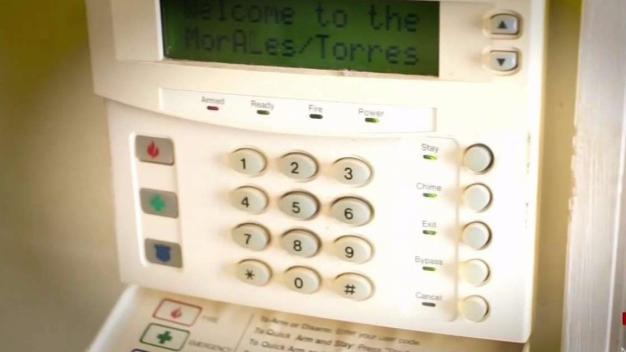 Demandan a compañía de alarmas por cientos de quejas