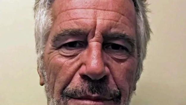 Epstein viajó a Cuba invitado por Fidel Castro