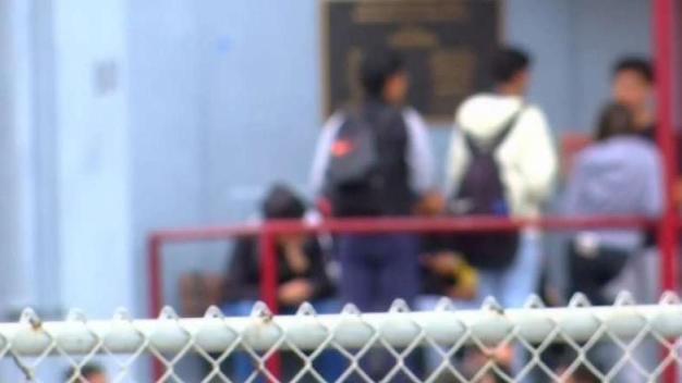 Hispanos los que más faltan a la escuela en San Diego