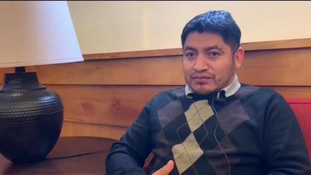 Guatemalteco lleva 2 años refugiado en iglesia en Mass.