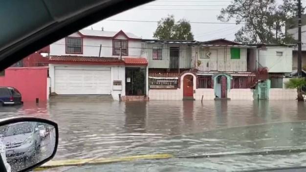 Deslave puso en riesgo a estudiantes en Tijuana
