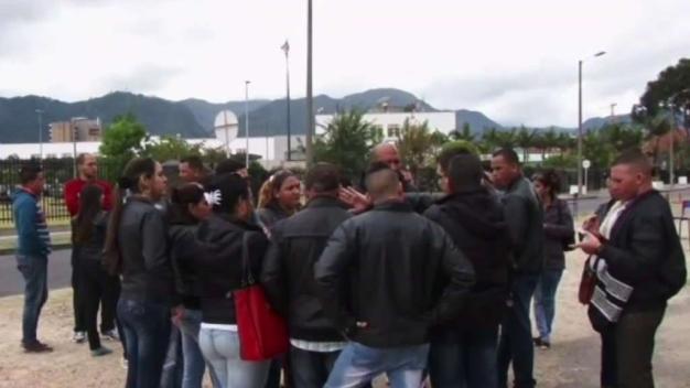 Médicos cubanos demandan a PDVSA