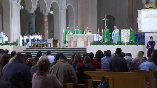 Misa en honor a monseñor Romero en Basílica de EEUU