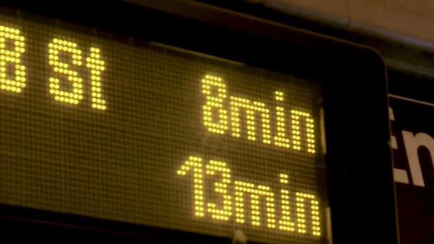 Pasajeros cuestionan eficiencia de la MTA