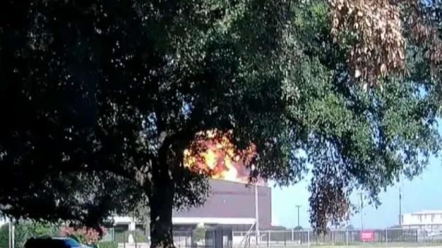 Revelan imágenes de accidente aéreo en Texas