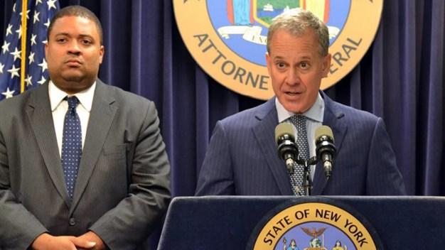 Presentan cargos a oficial por muerte a tiros de afroamericano