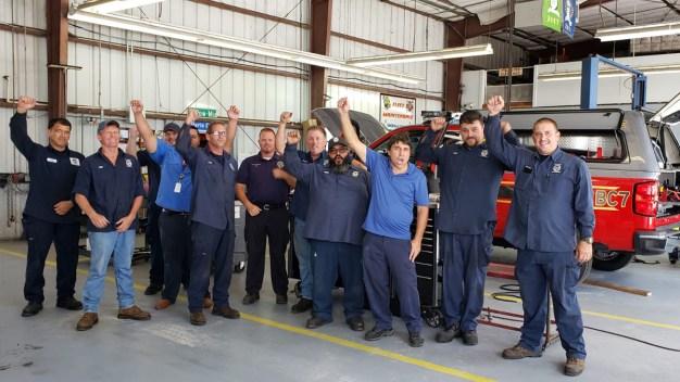Equipo de mantenimiento de Osceola se destaca por su labor