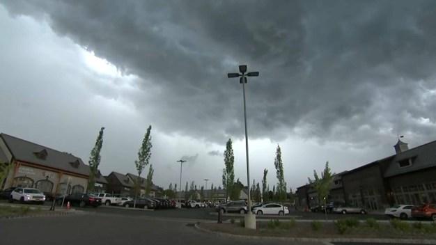 Lluvias, ráfagas y descargas eléctricas en nuestra área