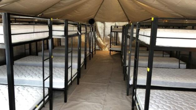 Por dentro: centro temporal para niños inmigrantes no acompañados