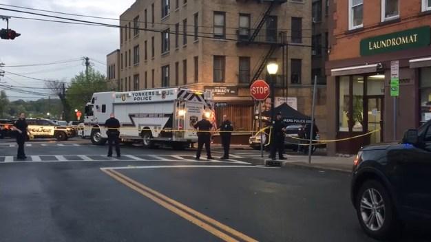 Hispana muere víctima de bala perdida en Yonkers