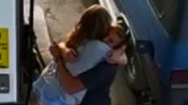 Desgarrador: se abrazan horas antes de morir a tiros