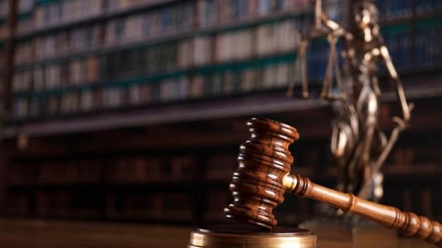 Se niega a renunciar juez acusado de revictimizar a mujer