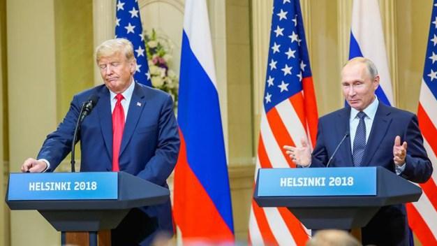 Trama rusa domina rueda de prensa de Trump y Putin