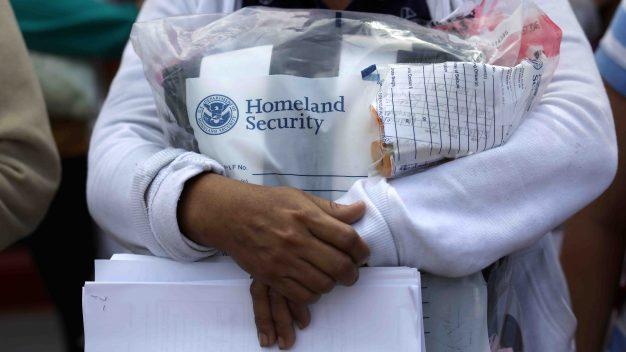 Jueces de inmigración: cuota de casos afecta procesos