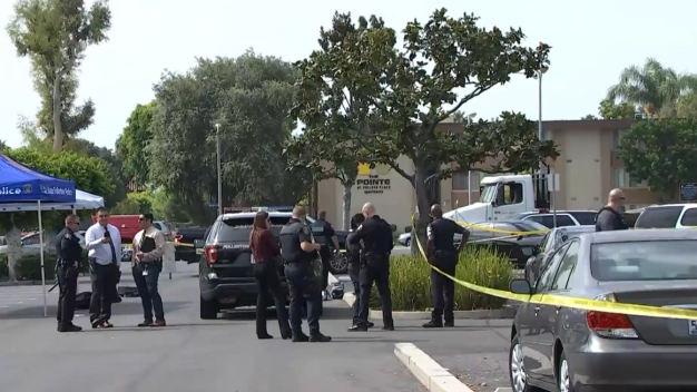 Muere apuñalado asesor de Cal State Fullerton