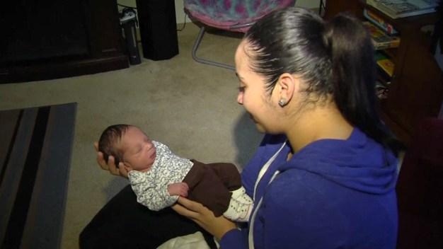 Bebé sorpresa: madre da a luz sin saber que estaba embarazada