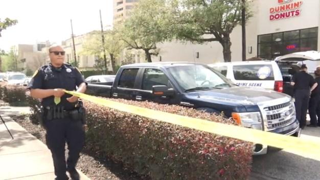 Policía: mata a pareja en un Dunkin Donuts y se suicida