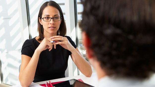CNBC: ¿Desempleado?, consejos para entrevista de trabajo