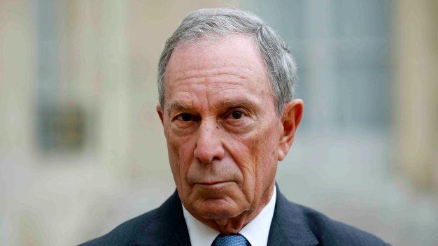"Bloomberg ""sigue considerando"" postularse a presidente"