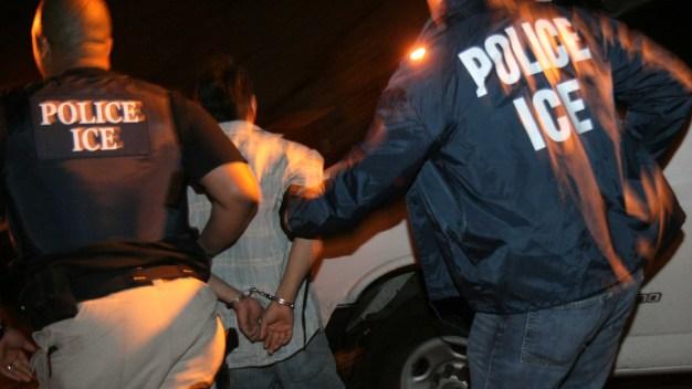 ¿Dónde y cuándo ocurrieron los arrestos fallidos de ICE?