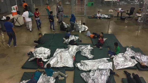 """Presidente dice que EEUU no será un """"campo de inmigrantes"""""""