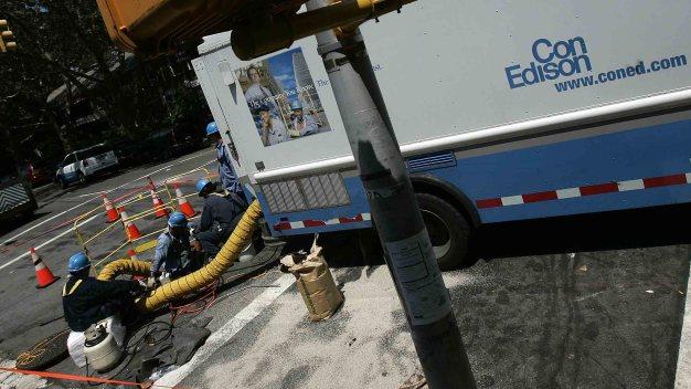 Con Edison: 33,000 clientes sin electricidad en Brooklyn