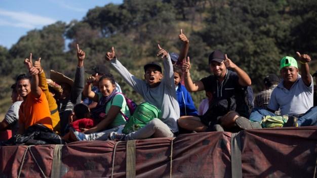 Tijuana se prepara por llegada de miles de migrantes