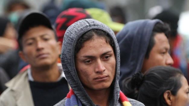 Segunda caravana de migrantes deja capital mexicana