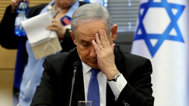 Netanyahu enfrenta cargos por fraude y pago de coimas