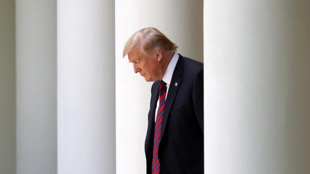 Juicio político contra Trump: demócratas suman más voces