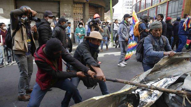 Violentos enfrentamientos en Bolivia: 8 muertos en últimas protestas
