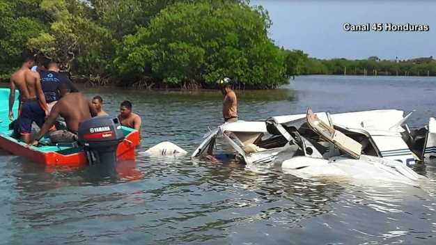 Avioneta se desploma en Honduras; hay varios muertos