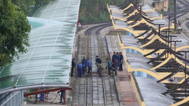 En un tren blindado: Kim Jong-un sale de Norcorea