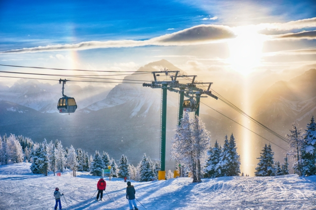 """""""Empleo soñado"""": viaja gratis y te pagan por esquiar"""