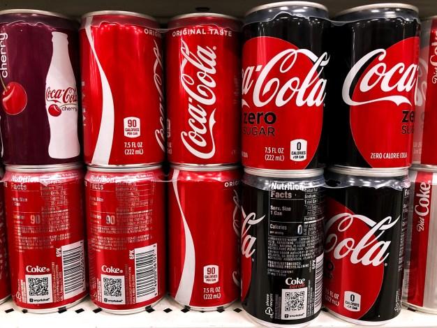 Reporte: Coca-Cola explora bebidas con marihuana