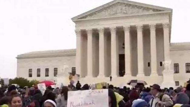Dreamers a la espera de una decisión sobre DACA