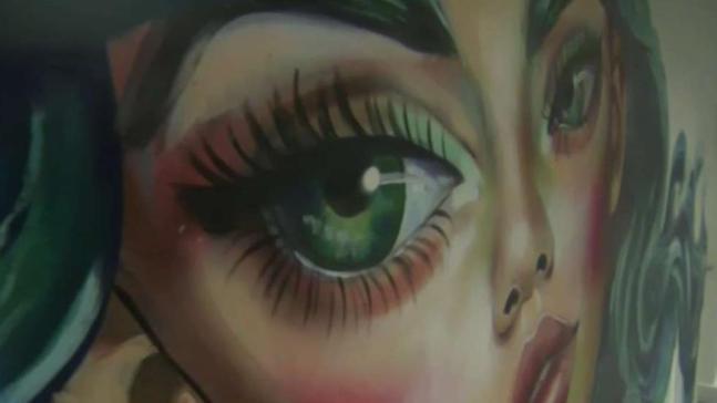 Latinos toman espacios para expresión artística