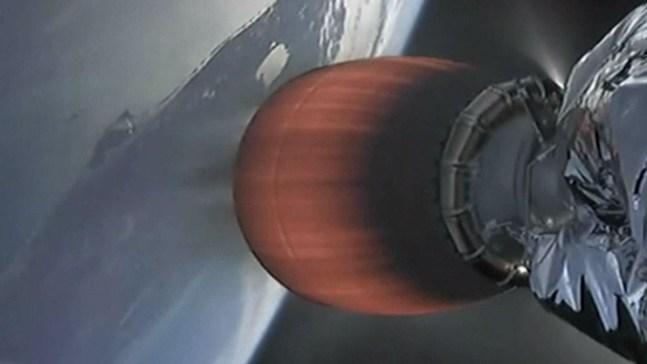 Increíble: SpaceX despega con miles de gusanos