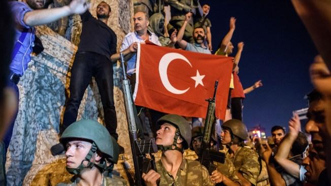 """Primer ministro turco: """"las cosas van mejorando"""""""