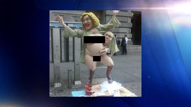 Aparece estatua de Hillary Clinton desnuda en Nueva York