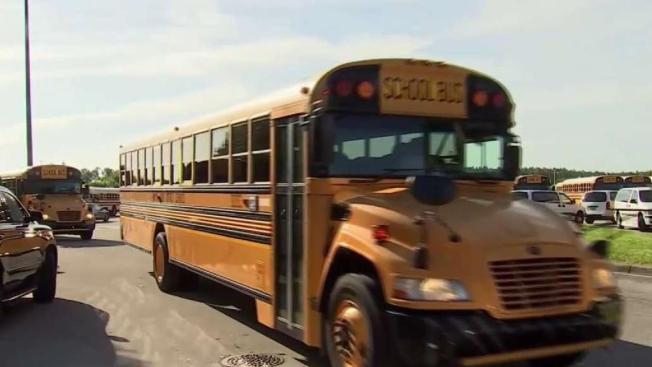 Buscan nuevos choferes para escuelas de Hillsborough