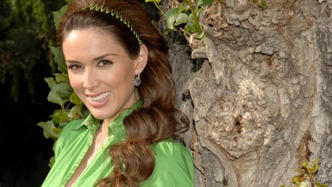 Jacqueline Bracamontes volverá a la actuación en 2020