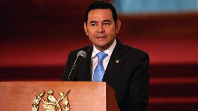 El presidente de Guatemala niega acusaciones de agresión sexual